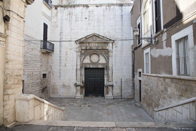 chiesa_portasanta3